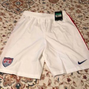 NWT Nike boys USA soccer shorts
